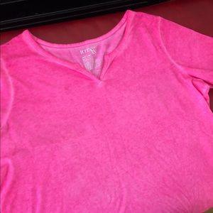 Tops - Hot pink top.